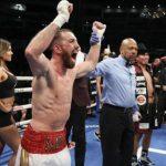 Sandor Martin shënon fitore të madhe kundër Mikey Garcia